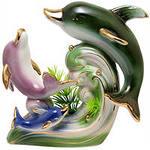 Дельфины - загадочные и жизнерадостные друзья и помощники.